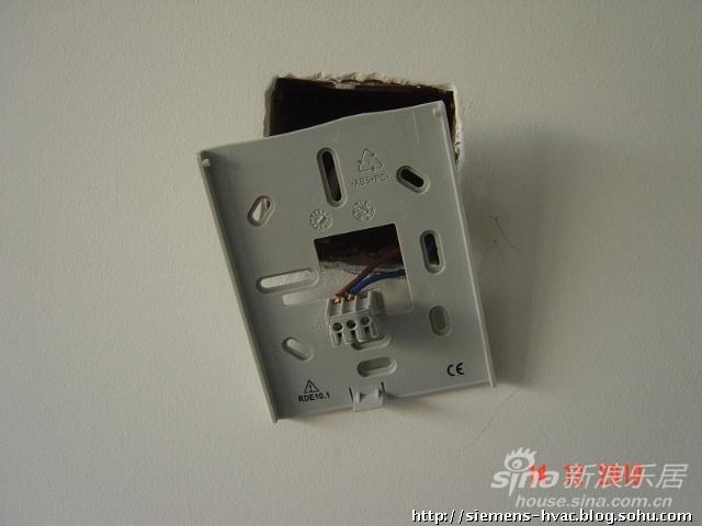鸿业兴园-威能壁挂炉安装西门子温控器过程图解
