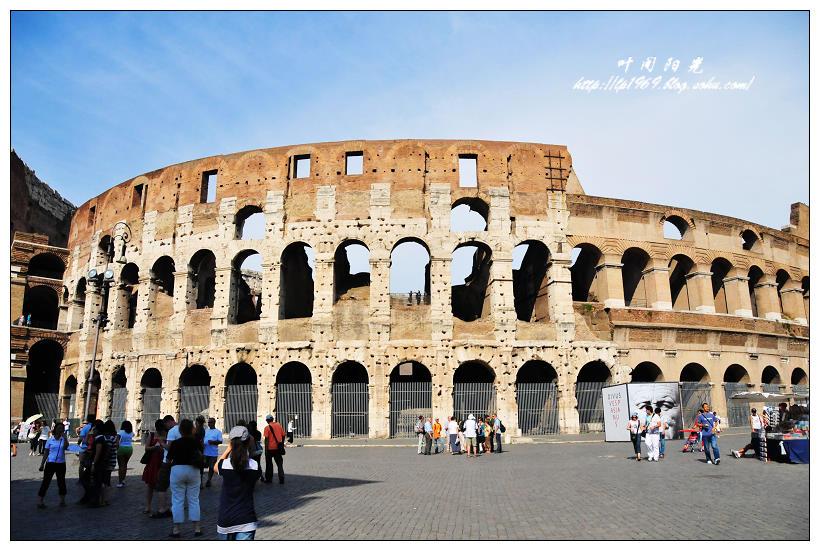 强烈的�y`�K���_意大利--罗马古斗兽场