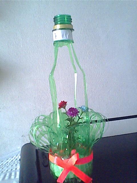 废品手工制作大全 步骤雪碧瓶做灯笼