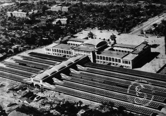 1959年刚建成的北京火车站