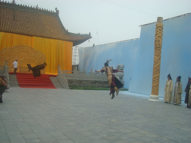 飞起来的武打 7月10日 人皇伏羲 剧组在太昊陵拍摄剪影