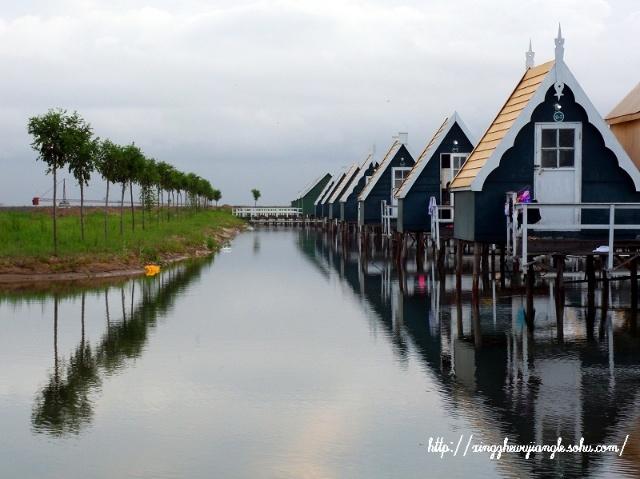 月坨岛浪漫两日游——荷兰风情小木屋