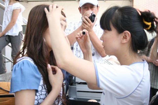 城池炫_津赛区海选拉票大型外拍第二期美女香车炫空