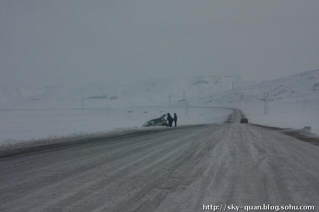 新疆塔城大雪直击_我的回家路