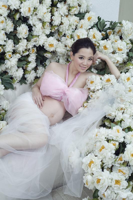 沈阳最好的影楼 总结孕妇照服装搭配小攻略图片